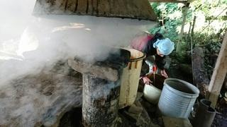 竹酢液.JPG
